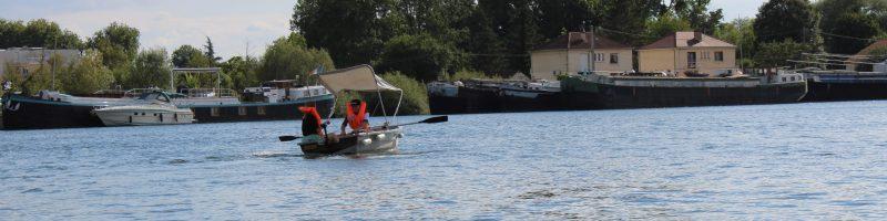 Location de barques électriques à Saint-Jean-de-Losne