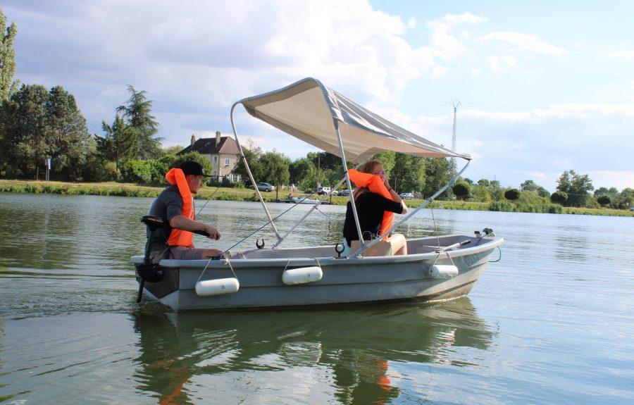 Location de barque électrique à Saint-Jean-de-Losne