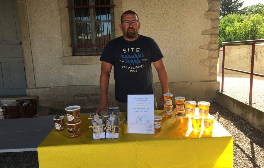David Rozborski, apiculteur à Jallanges